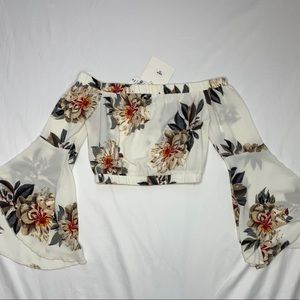 Seek the Label off the shoulder top, NWT